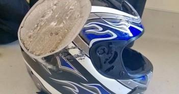 casque moto rayure