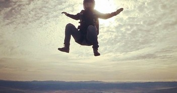 photo parachute assis