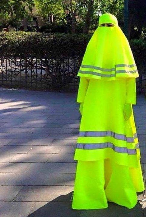 La burqua de sécurité en cas de panne sur l'autoroute