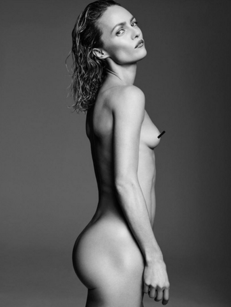 Vanessa Paradis Nue 03