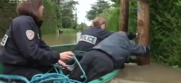 fail policiers barque